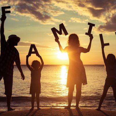 Vacaciones en familia en Apartamentos Oromarina Vacaciones